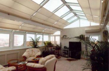 Рулонные шторы с приводом для зимнего сада