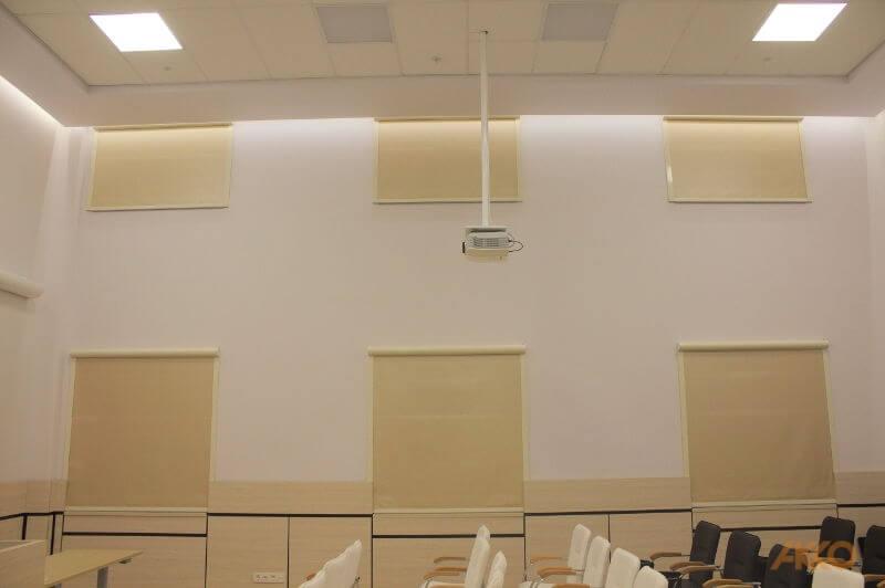 Рулонные шторы 35E в музее
